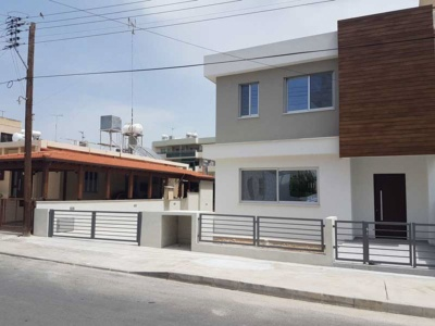 An urban home in modern style in Limassol